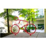 Декоративная велопарковка – велогонщик