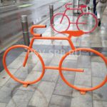 Декоративная велопарковка – велосипед
